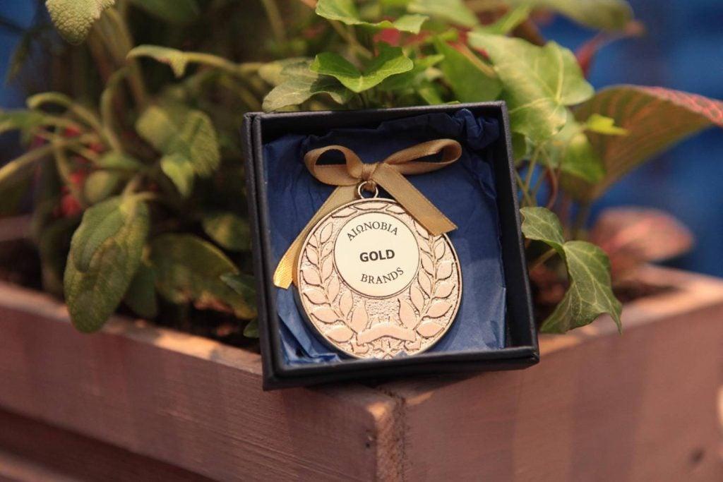 Χρυσό Βραβείο «ΑΙΩΝΟΒΙΑ BRANDS» στην εταιρία PAPASPIROU για τα 78 Χρόνια ιστορίας, παράδοσης, γεύσης, ποιότητας στην Ελληνική αγορά! ΠΑΠΑΣΠΥΡΟΥ