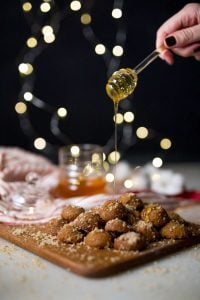 Και φέτος, τις γεύσεις των γιορτών τις φέρνει ο Papaspirou! ΠΑΠΑΣΠΥΡΟΥ